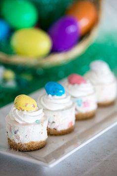 Mini No Bake Robin Egg Cheesecakes