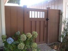 Trex Composite fencing Siding Colors For Houses, Composite Fencing, Fencing Material, House Siding, Cedar Fence, Patio Ideas, Fences, Exterior Design, Garden Landscaping