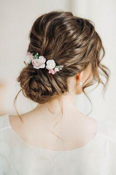 Floral headpiece set of 7 hair pins floral hair pins flower Floral Wedding Hair, Floral Hair, Wedding Flowers, Flower Hair Clips, Flowers In Hair, Pale Pink Hair, Blush Pink, Lavender Hair, Floral Headpiece