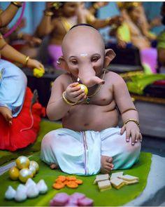Ganesh chaturthi ki shubh-kamnaye – The Mommypedia Jai Ganesh, Ganesh Lord, Ganesh Idol, Ganesh Statue, Shree Ganesh, Shri Ganesh Images, Ganesha Pictures, Durga Images, Clay Ganesha