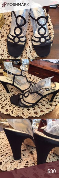 Sam & Libby shoes 🎉 Free Shipping 🎉 💯 Authentic Sam & Libby shoes, perfect for any event, 3.75 inch heels. Material black satin fabric, great conditions. Perfect for proms, graduations or Christmas parties 🎉 Sam & Libby Shoes Heels