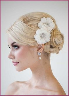 Brides Hairdo Flowers For Your Wedding Day Hair