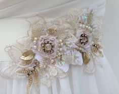 9 Nurturing Tips: Wedding Dresses Strapless Bouquets wedding gowns hijab beautiful.Wedding Dresses Boho Rustic wedding dresses fit and flare v neck.Designer Wedding Dresses With Sleeves. Gold Wedding Gowns, Disney Wedding Dresses, Wedding Dress Sash, Wedding Gowns With Sleeves, Bridal Sash, Country Wedding Dresses, Colored Wedding Dresses, Modest Wedding Dresses, Boho Wedding