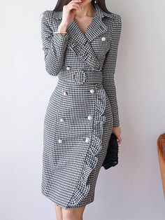Read more The post Lapel Black Midi Dress Sheath Daytime Buttoned Gingham Dress appeared first on How To Be Trendy. Trendy Dresses, Modest Dresses, Elegant Dresses, Trendy Outfits, Nice Dresses, Casual Dresses, Dresses For Work, Work Outfits, Hijab Casual