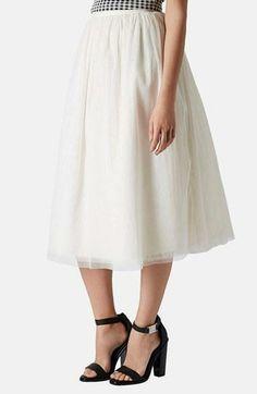 """So feminine: Love this Topshop """"ballerina"""" tulle midi skirt."""