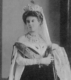 Grand Duchess Maria Pavlovna wearing the Sapphire tiara and corsage given to her at her wedding