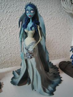 Polymer Clay Figures Polymer Clay Crafts Polymer Clay Dolls Fondant Figures Biscuit Corpse Bride Wedding Cake Decorating With Fondant Play Clay Doll Repaint Polymer Clay Figures, Polymer Clay Dolls, Fondant Figures, Polymer Clay Charms, Corpse Bride Doll, Emily Corpse Bride, Betty Boo, Disney Pixar, Crea Fimo
