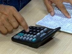Quase 60% das famílias brasileiras têm dívidas, segundo pesquisa mensal da CNC (Foto: Reprodução/TV Fronteira)Resultado é 1,7 ponto percentual maior que em fevereiro. Do total, 9,8% disseram não ter como pagar as dívidas adquiridas.