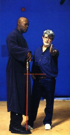 Director George Lucas and Actor Samuel L.Jackson(Mace Windu) on Geonosis set for Star Wars  :Attack Of The Clones (2002)