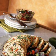 Polpettone di tacchino e verdure Ingredienti600 g di fesa di tacchino macinata100 g di prosciutto cotto magro500 g di verdure miste (peperone, zucchina, melanzana)2 albumi50 g di ricotta magra1 spicchio d