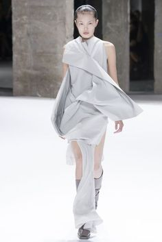 Visions of the Future // Rick Owens Spring/Summer 2017 Ready-To-Wear Collection | British Vogue
