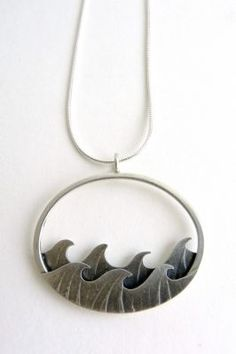small oval wave pendantsilver0.0cm x 0.0cmClick here for more details