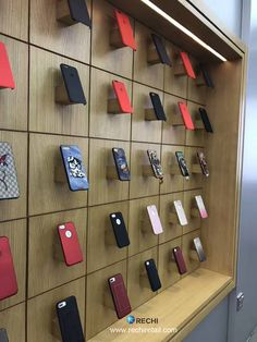 Global Leading Brand in Retail Merchandising Display & Fixture Solutions for Electronic Store Shop Board Design, Smartphone Store, Mobile Shop Design, Iphone Shop, Store Plan, Mobile Phone Shops, Showroom Design, Retail Merchandising, Store Interiors