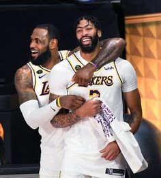 Anthony Davis seems to have found his NBA home with the Lakers Basketball Pictures, Basketball Players, Basketball Videos, Nba Stephen Curry, Lebron James Lakers, King Lebron, Brandon Ingram, Basketball Photography