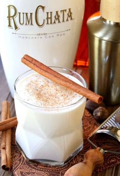 camping drinks Alcohol Mason Jars is part of Best Alcoholic Drinks In Mason Jars Images Food Juices - This Campfire Milk Punch is just like having a boozy dessert in a glass! Rumchata Cocktails, Rumchata Recipes, Fun Cocktails, Fun Drinks, Yummy Drinks, Alcoholic Drinks, Bourbon Drinks, Dessert Drinks, Refreshing Drinks