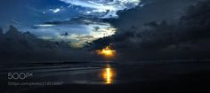 sunset (Bali) by Archko from http://500px.com/photo/214518667 - Sonnenuntergang in Bali bei Kuta.. More on dokonow.com.