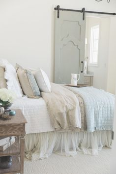 I have such a treat for you today. Check out this gorgeous French Chateau Home Tour. Stunning new custom home full of vintage finds. French Country Interiors, Country Interior Design, Modern French Country, French Farmhouse Decor, French Country Bedrooms, French Cottage, French Country House, French Country Decorating, French Chic