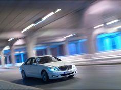 Mercedes Benz S Class Hybrid - The Best Luxury Hybrids on the Market: http://www.greenerideal.com/vehicles/0827-the-best-luxury-hybrids-on-the-market/
