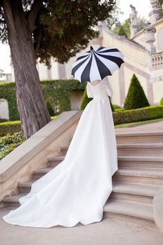 Black and white wedding accent