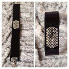 #handmade #faitmain #manchette #bracelet #bijoux #cuir #perles #tissagepeyote #miyuki #manchettecuir #braceletcuir