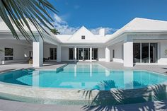 View this luxury home located at 840 17th Ave S Naples, Florida, United States. Sotheby's International Realty gives you detailed information on real estate listings in Naples, Florida, United States.