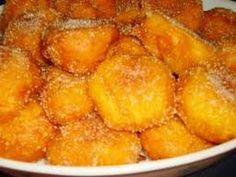 Sonhos de Abóbora (2) Sweet Recipes, Vegan Recipes, Snack Recipes, Dessert Recipes, Cooking Recipes, Portuguese Desserts, Portuguese Recipes, Portuguese Food, Baking Basics