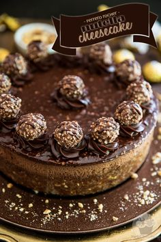 Devilishly rich, creamy, smooth and velvety. just one bite of this Ferrero Rocher Nutella Cheesecake will send you straight to seventh heaven! Ferrero Rocher Cheesecake, Nutella Cheesecake, Cheesecake Recipes, Dessert Recipes, Ferrero Nutella, Bebidas Do Starbucks, Nutella Recipes, Savoury Cake, Clean Eating Snacks
