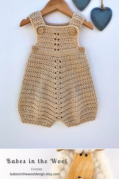 Crochet Pattern Baby Romper - Newborn to 24 months Baby Patterns, Crochet Patterns, Dress Patterns, Confection Au Crochet, Pull Bebe, Dk Weight Yarn, Baby Boy Or Girl, Baby Baby, Crochet Baby Clothes