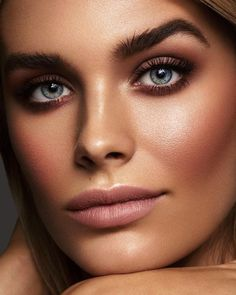 All roads lead to us. Picture Retouch Image Retouching JEWERLY - everything you need to know Makeup Tips, Beauty Makeup, Eye Makeup, Hair Makeup, Cool Makeup Looks, Simple Makeup, 1980 Makeup, Makeup Tutorial Eyeliner, Makeup For Brown Eyes