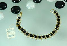 http://stargazervintagejewelry.com/designer-signed-weiss-jewelry.htm - Stargazer Vintage Jewelry