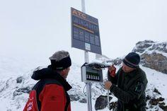 ATC einrichten TITLIS - Engelberg Engelberg, Training Center, Atc, Canada Goose Jackets, Winter Jackets, Alps, Winter Coats