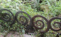 Alternate Spiral Garden Stake, Steel Garden decor, planter edge, Garden edging