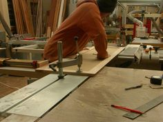 Cutting an accurate long miter
