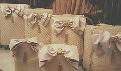 Wedding Gifts For Groom, Wedding Bride, Dream Wedding, Pakistani Wedding Decor, Trousseau Packing, Candy Bouquet, Vintage Vanity, Wedding Preparation, Bride Look