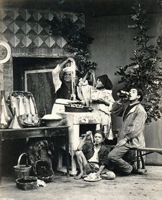 Spaghetti Eaters in Naples (mid 19thC) - my published short story memoir 'The Spaghetti Test' https://ambradambra.wordpress.com/2016/05/15/the-spaghetti-test-a-short-story/