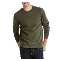 I love this olive green Joe Fresh Men's Sweatshirt, this color is so hot right now and perfect for fall 2016. It is comfy but also stylish.