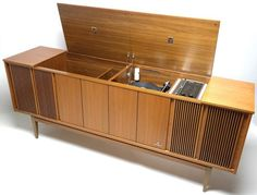 Mid Century Grundig Stereo Console  - Bluetooth - AM/FM - Record Changer - SW