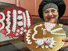 Hand Fan, Frosting, Youtube, Base, Pastries, Pies, Cake Glaze, Frostings, Youtubers