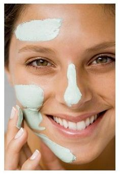 Scrub with two tablespoons of baking soda and some water made into a paste for one week to minimize pores. Also, many home mask recipes here to help minimize pores. Home Facials DIY // Pretty Perfect Living Beauty Care, Diy Beauty, Beauty Skin, Beauty Hacks, Huda Beauty, Drugstore Beauty, Beauty Makeup, Baking Soda Benefits, Minimize Pores