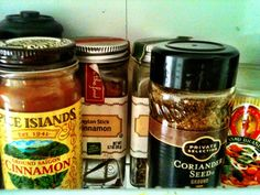 Male refrigerator blindness in the pantry.