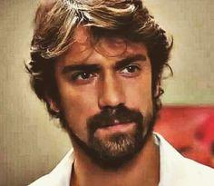 ❤️Ibrahim Çelikkol Türkçe Handsome Faces, Handsome Actors, Hot Actors, Gorgeous Men, Beautiful People, Beard Boy, Netflix, Lovely Eyes, Man Photo
