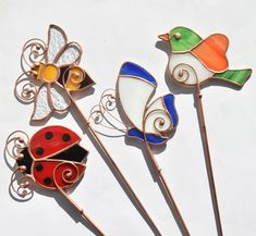 Glass art Projects For Kids - - - Stained Glass art Painting Stained Glass Ornaments, Stained Glass Birds, Stained Glass Projects, Stained Glass Patterns, Fused Glass, Glass Beads, Broken Glass Art, Sea Glass Art, Glass Vase