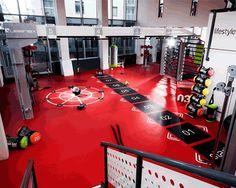 Trim Your Waist With These Awesome Fitness Tips! Fitness Design, Gym Design, Clinic Design, Crossfit Garage Gym, Fight Gym, Gym Plans, Gym Setup, Gym Center, Dream Gym
