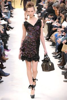 Louis Vuitton Fall 2009 Ready-to-Wear - Collection - Gallery - Style.com