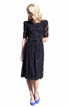 The Abby Lace Dress Is A Modest Spin On Clic 1920 S Vintage Style 70 Tudo Vestidos Pretos Pinterest Preto E Vestido