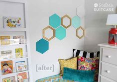Geometry Test. Even get nerdy and do it in the shape of a common molecule ;) | 20 Dorm Room Decor DIYs