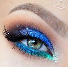 Eyes like the ocean
