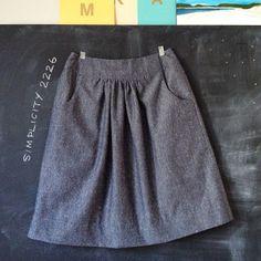 Italian Chambray skirt : Simplicity 2226 @Karyn Holinaty Holinaty Holinaty Holinaty valino