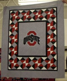 I like this Ohio State baby quilt, too. :D