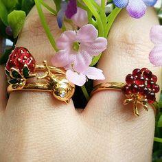 ✨ We  how @_bluebellian_ has style her own Hidden Garden collection of rings!  ✨  #BillSkinner #RaspberryJewellery #SnailJewellery #StrawberryJewellery